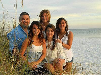 sherris_family_by_beach_2016-resized